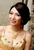 yvonne新娘~玠文於中崙華漾飯店婚宴造型紀錄:1626682150.jpg