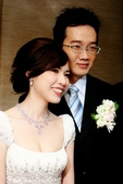 yvonne新娘~怡眞於國貿三三訂婚造型紀錄:1711330892.jpg