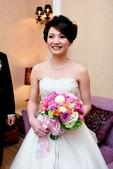 yvonne新娘~美和於內湖典華飯店婚宴造型紀錄:1832435492.jpg