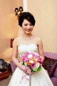yvonne新娘~美和於內湖典華飯店婚宴造型紀錄:1832435493.jpg