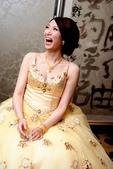 yvonne新娘~玠文於中崙華漾飯店婚宴造型紀錄:1626682154.jpg