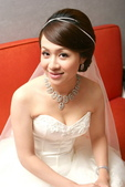 yvonne 新娘~斯謙於維多莉亞飯店宴會造型紀錄:1811358446.jpg