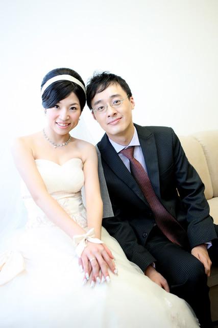 新娘~琳惠於晶宴飯店結婚造型紀錄:1172985106.jpg