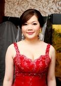 yvonne新娘~彥利於環球國際宴會廳婚宴造型紀錄:1898213490.jpg
