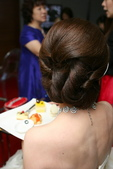 yvonne 新娘~斯謙於維多莉亞飯店宴會造型紀錄:1811358436.jpg