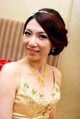 yvonne新娘~玠文於中崙華漾飯店婚宴造型紀錄:1626682144.jpg