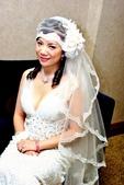 yvonne新娘~Cindy於喜來登飯店婚宴造型紀錄:1480504924.jpg