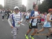 100.12.18台北富邦馬拉松:1001218台北馬拉松_057.JPG
