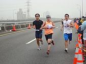 990321國道馬拉松:2010台北國道馬_080.JPG