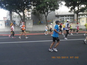 100.12.18台北富邦馬拉松:1001218台北馬拉松_099.JPG