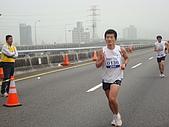 990321國道馬拉松:2010台北國道馬_119.JPG