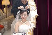 97/1/6結婚啦^^ -David專業版:mei在新娘休息室裡換長頭紗
