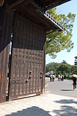 日本@國寶-姬路城+岡山城:7姬路城大門扇.JPG